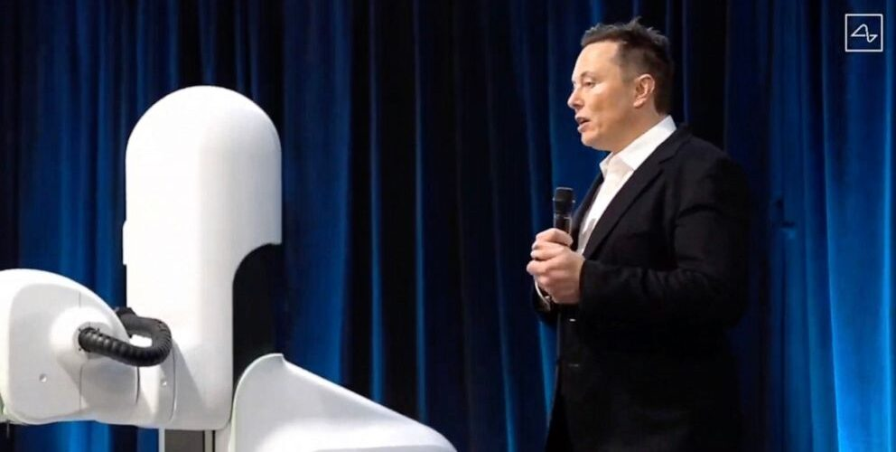 Elon Musk conducts a Neuralink livestream showing a surgical robot on Aug. 28, 2020.